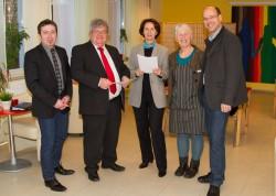 v. l. n. r.: Guido Roye (Schloss Dilborn), Dieter Erfurth (Maria Hilf NRW gGmbH), Ute von Lossow (Ev. Frauenverein), Cornelia Wilschewski, Udo Wilschewski (Zentrum für soziale Arbeit)